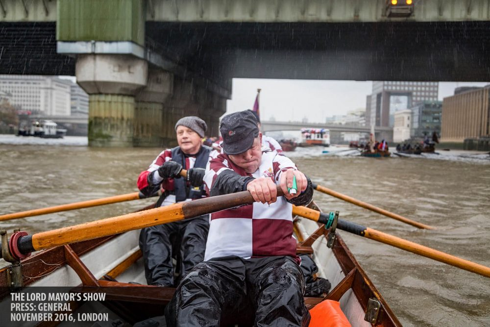 Rowing in the Lord Mayor's Show river procession photography copyright Paul Clarke