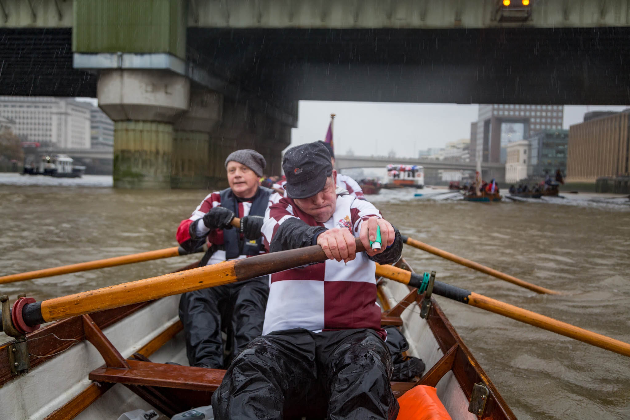 51-november-thames-rowing